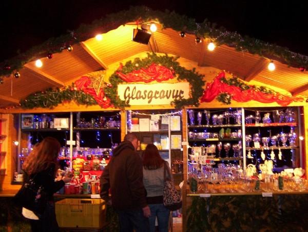 Stände Weihnachtsmarkt.Beschicker Des Weihnachtsmarkts In Fulda